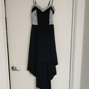 Beautiful Black High-Low Dress w White Lace Accent
